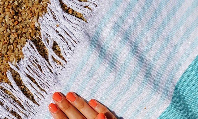как да се грижим за кожата през лятото