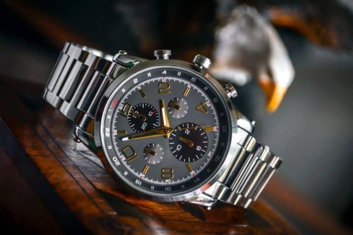 избор на часовник